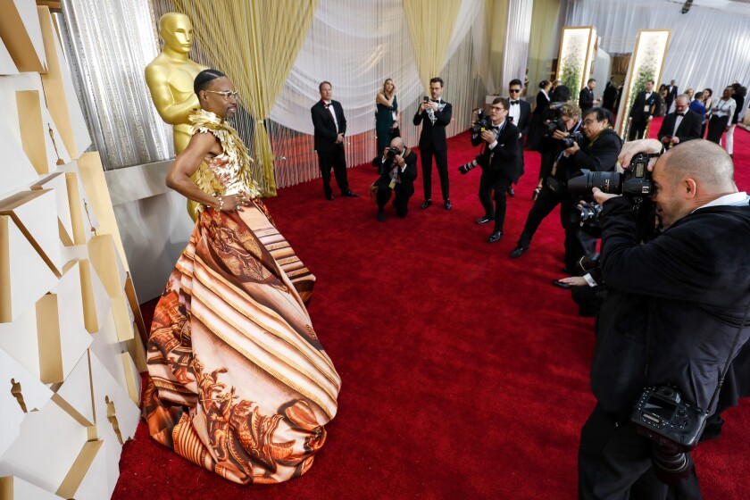 488161_ET_Oscars_Arrivals_Roaming_ALS_4763-737893-737972.JPG