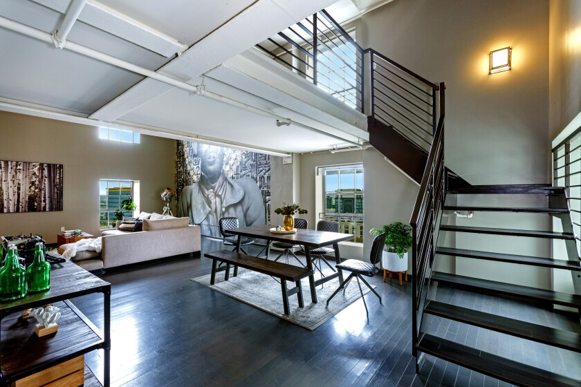Our loft-style Home of the Week is in the Broadway Hollywood Building, which was once a department store.