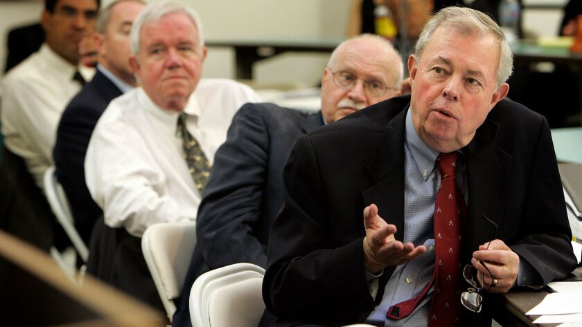 John Van de Kamp, right, leads a 2007 hearing of the California Commission on the Fair Administration of Justice at Loyola Law School.