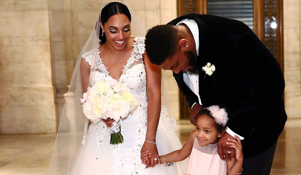 Nfl S Devon Still Enjoys His Wedding Day At Long Last With Cancer Free Daughter Leah As Flower Girl Los Angeles Times