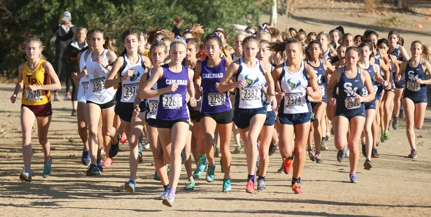 Girls' pack was tight in the first 200 yds.