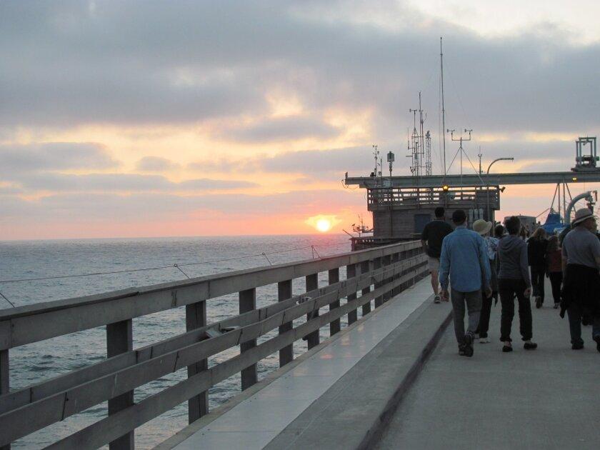 Scripps Pier Walk