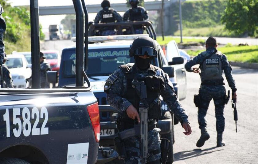 El gobierno del estado mexicano de Veracruz emitió hoy una declaración de emergencia humanitaria por la desaparición de miles de personas a consecuencia de la actividad de los carteles del narcotráfico y su combate oficial. EFE/Archivo