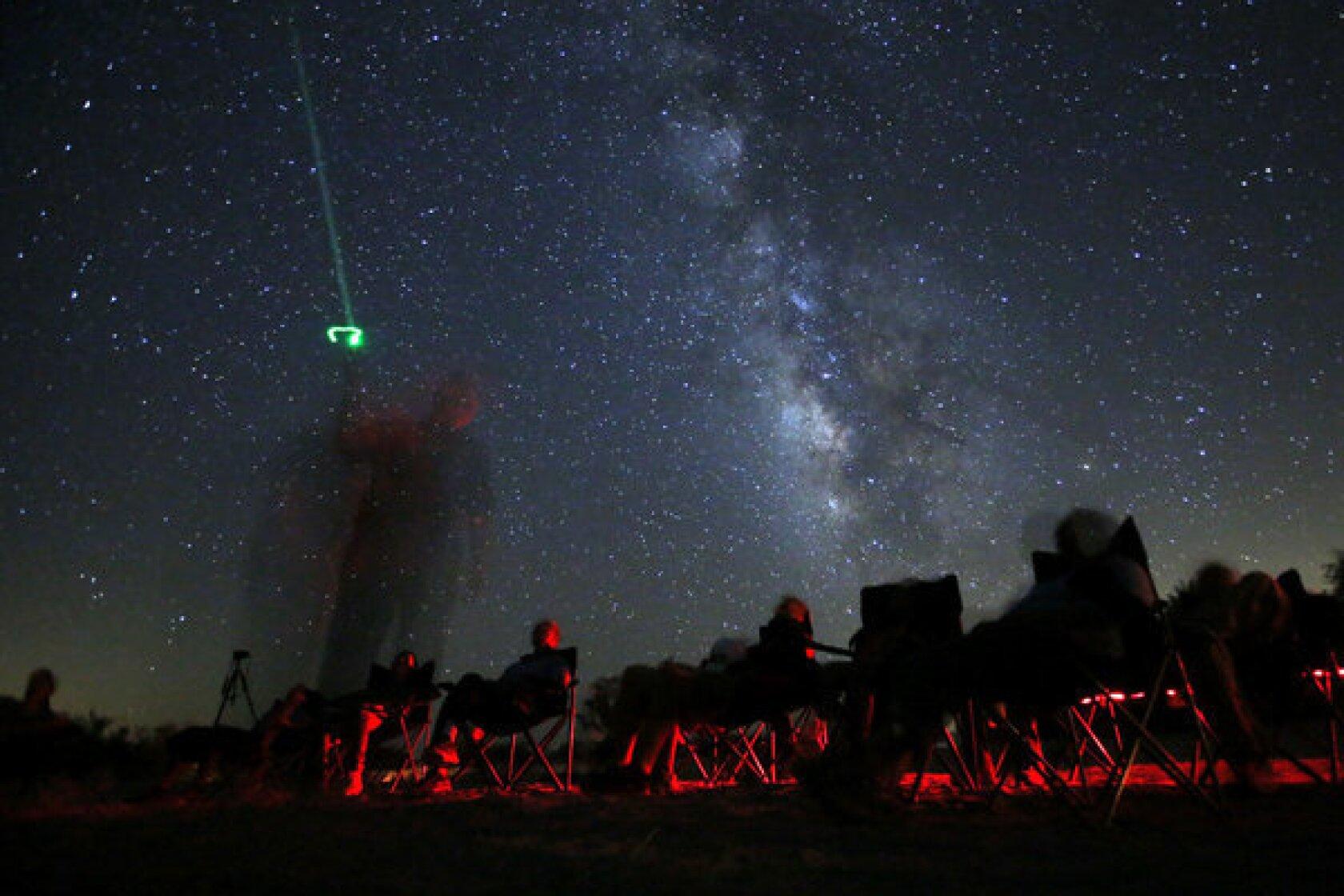 Perseids 2013: Meteor shower peaks again on last night to enjoy show