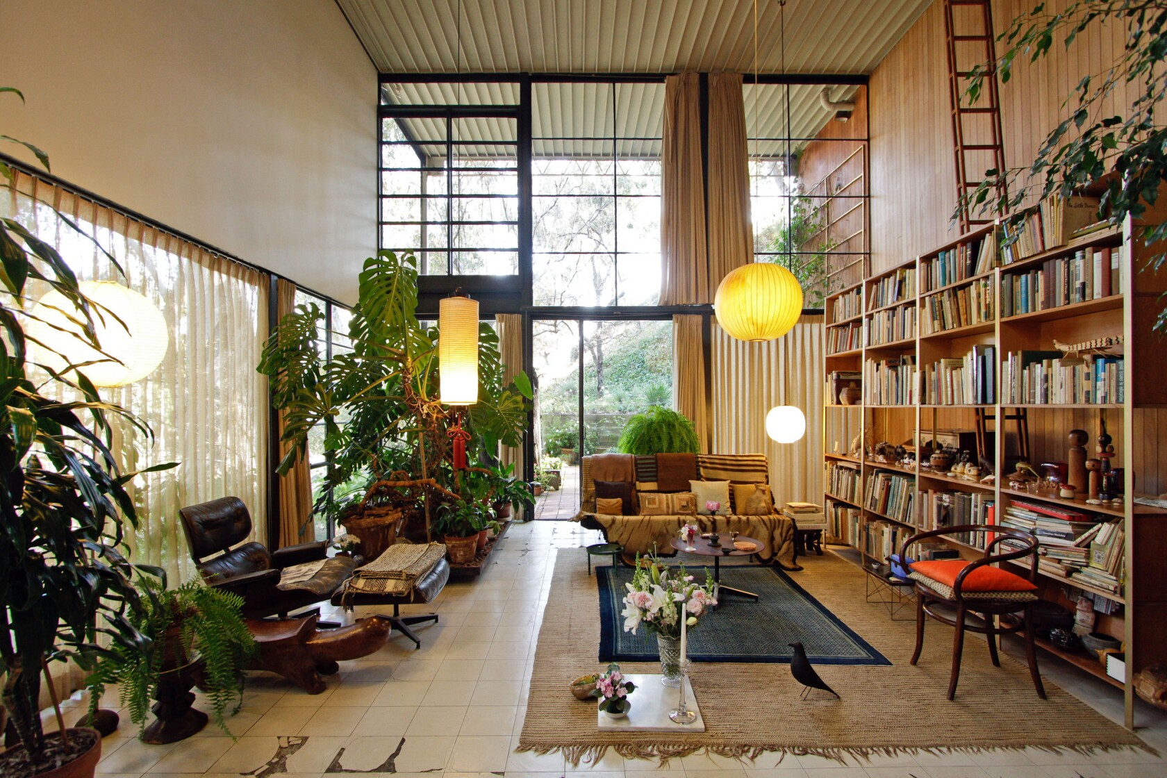 Case study conservation on the Eames' Case Study House - Los ...