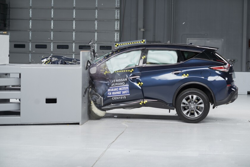 Nissa Murano crash test