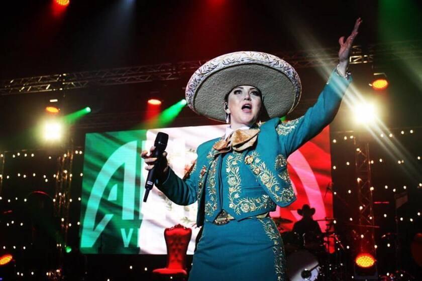 Una imagen promocional reciente de Alicia Villareal, quien se presenta en el evento de este fin de semana.