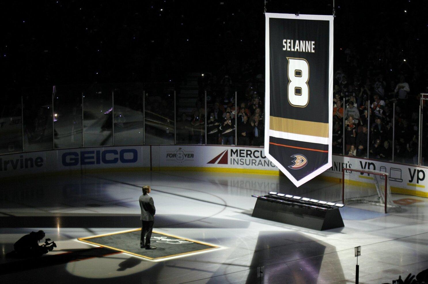 754cdf5ede Anaheim Ducks retire Teemu Selanne s No. 8 jersey - The San Diego ...