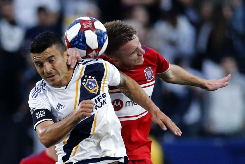 APphoto_MLS Fire Galaxy Soccer