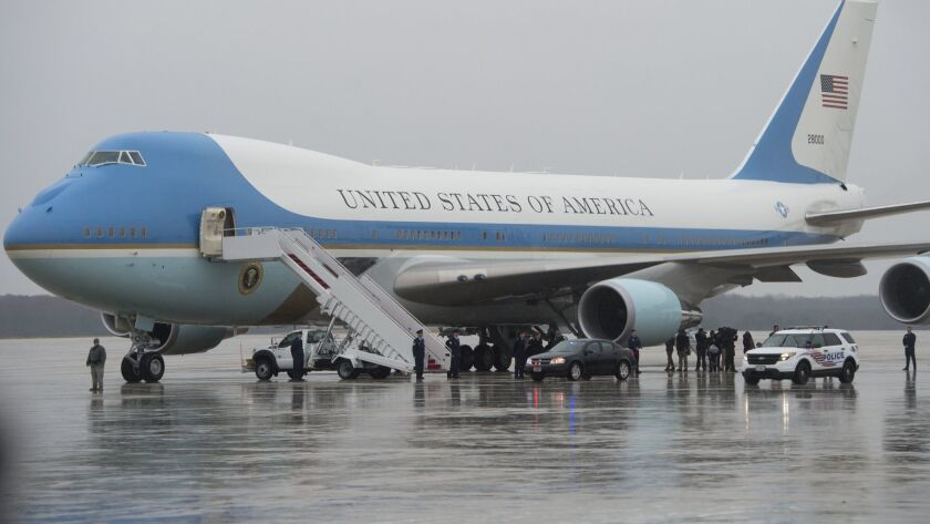White House Signs 3 9 Billion Deal To Buy Two New Air Force One