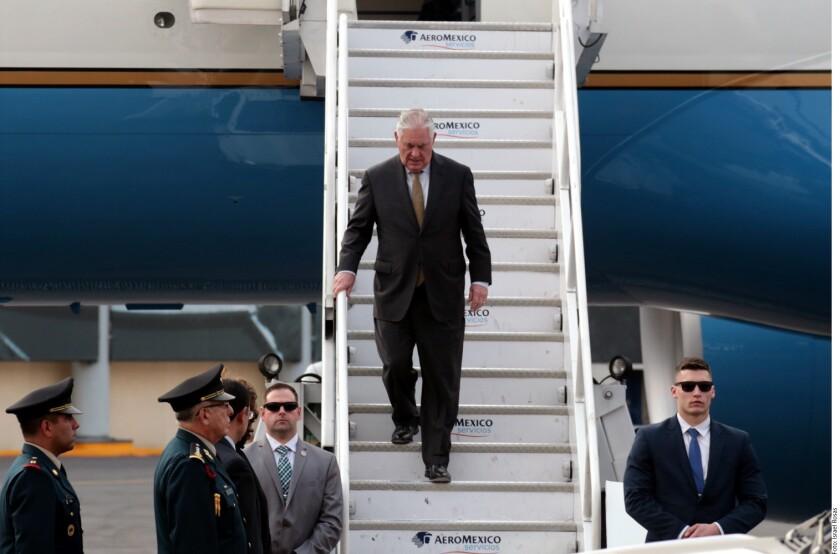Previo a salir rumbo a México para una visita oficial, el Secretario de Estado estadounidense, Rex Tillerson, se pronunció contra los Gobierno corruptos en América Latina.