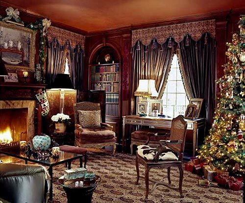 Hutton Wilkinson decorates his home for Christmas.