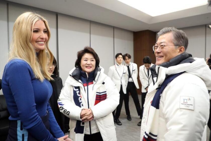 Ivanka Trump, hija y asesora del presidente estadounidense Donald Trump, concluyó este domingo su viaje a Corea del Sur, en el que finalmente no mantuvo ninguna reunión con la delegación norcoreana. EFE