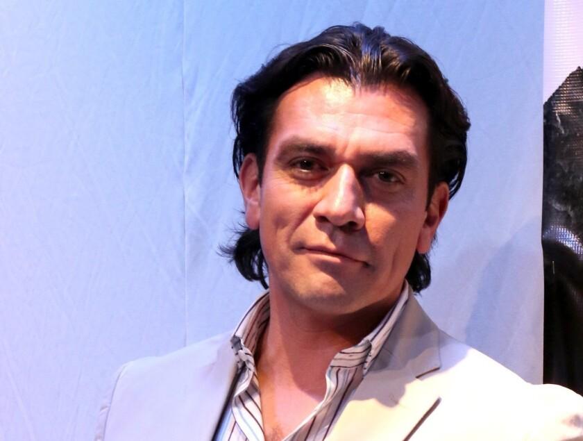El popular actor mexicano Jorge Salinas reconoció que ya no trabaja para Televisa y que las cosas se han complicado en su vida personal.