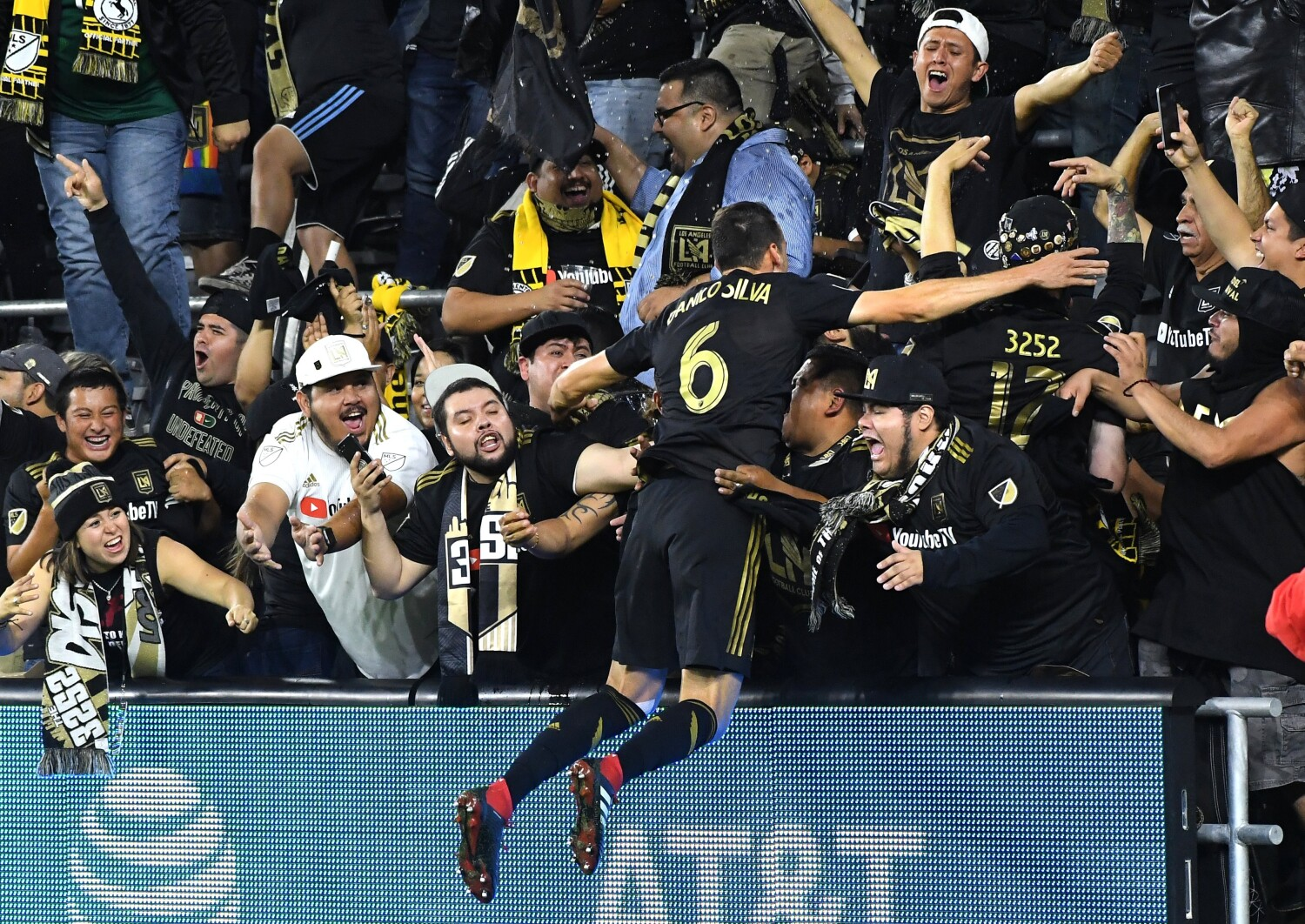 LAFC to open 2020 season against Miami; Galaxy will start in Houston