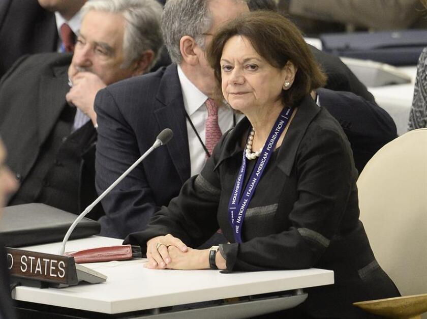 Fotografía de archivo del 24 de septiembre de 2013 que muestra a la embajadora estadounidense de la ONU, Rosemary DiCarlo, durante la 68ª sesión de la Asamblea General de Naciones Unidas, en la sede del organismo en Nueva York (Estados Unidos). EFE/ARCHIVO