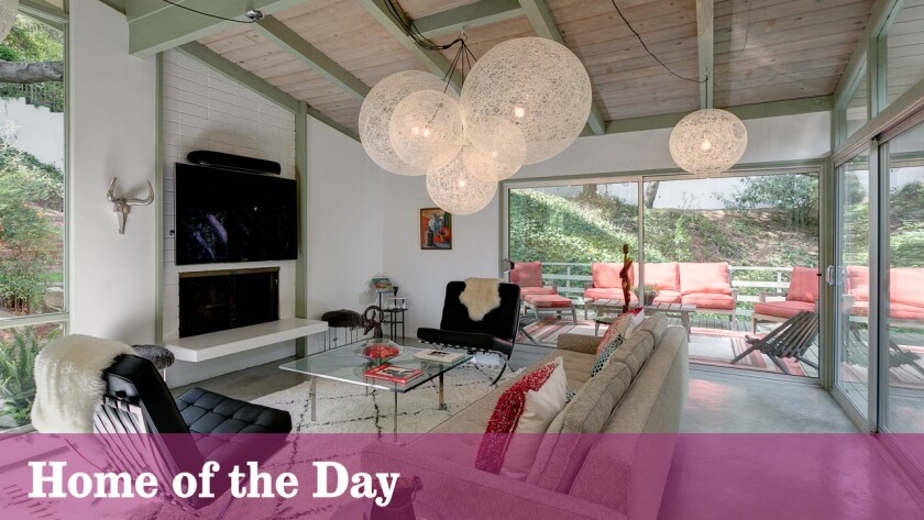 Home of the Day: Pasadena post-and-beam spans flowing creek