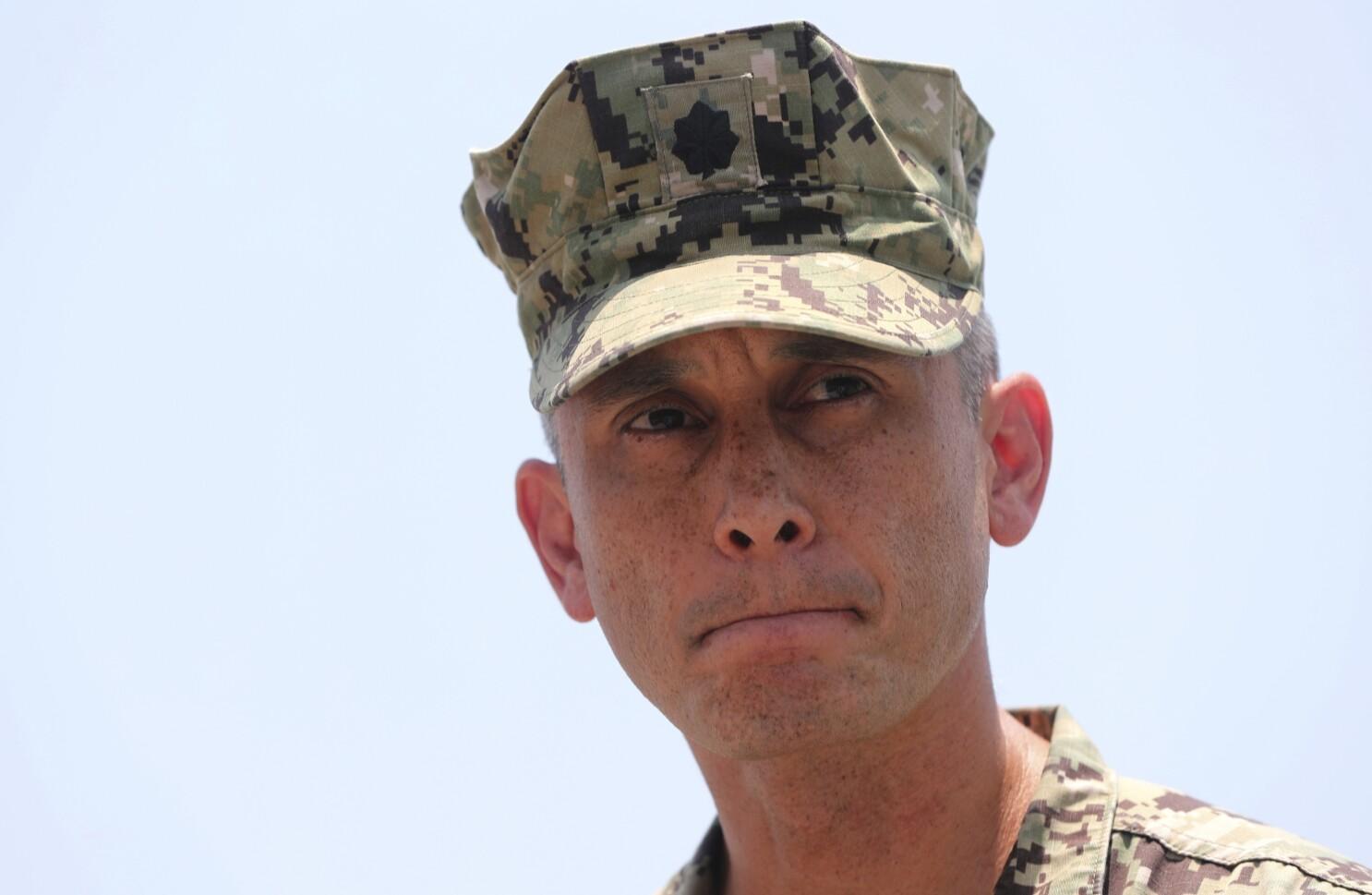 Navy removes an ordnance disposal unit commander