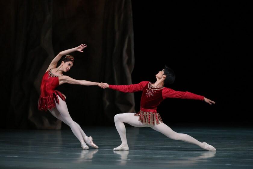 la-et-cm-mariinsky-ballet