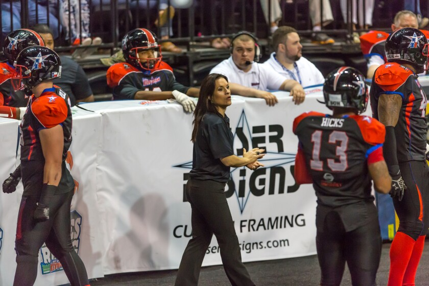 The Arizona Cardinals have hired Texas Revolution assistant coach Jen Welter to be a coaching intern during training camp and the preseason.