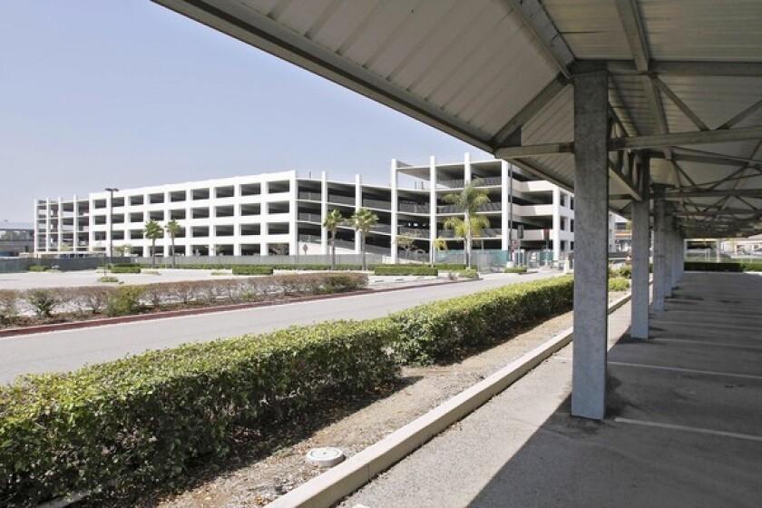 Valet parking at Bob Hope Airport