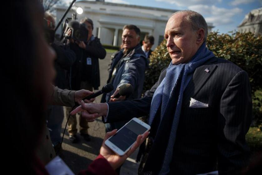 National Economic Council Director Larry Kudlow responds to a question from the news media outside the West Wing of the White House in Washington, DC, USA 05 April 2018. EFE/EPA/File
