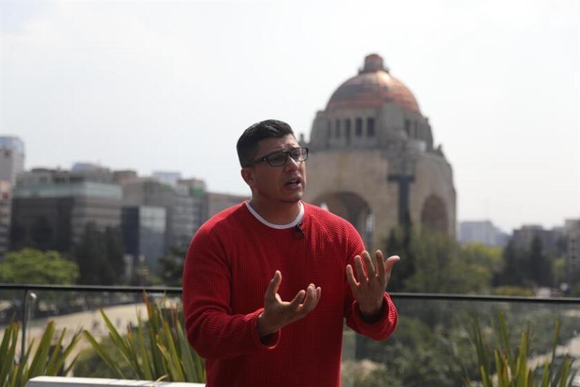 """Rechazados por el Gobierno de México, """"soñadores"""" abren su escuela de inglés"""