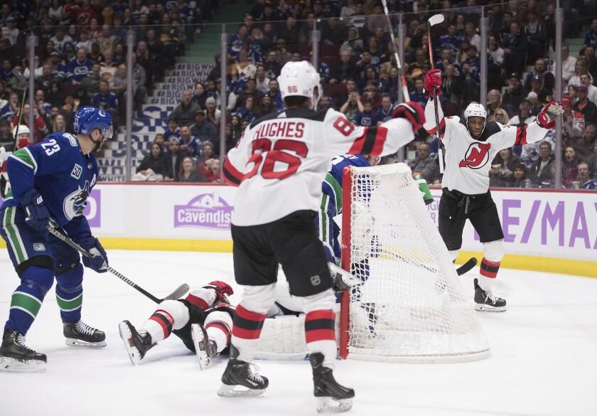 Devils Canucks Hockey