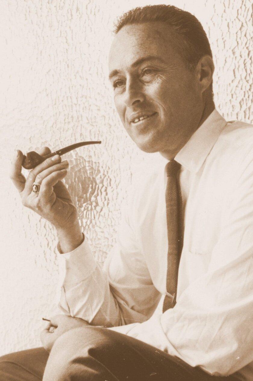 Portrait of La Jolla architect and Frank Lloyd Wright apprentice Loch Crane circa 1950