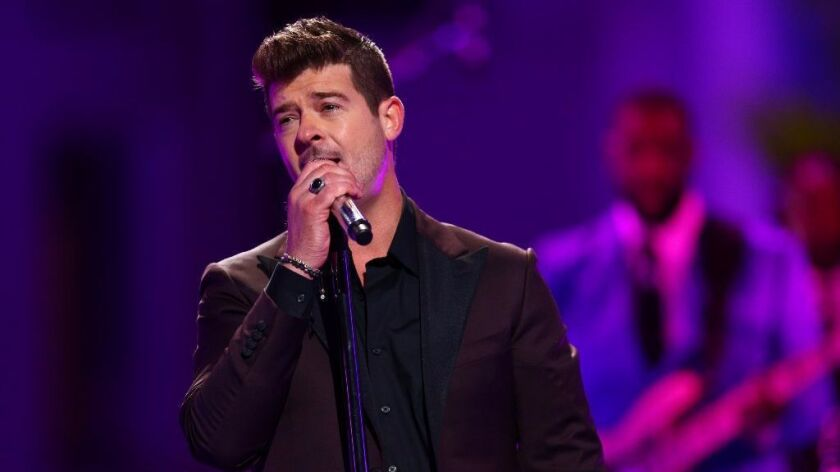 """Robin Thicke performs at VH1's """"Dear Mama"""" special."""