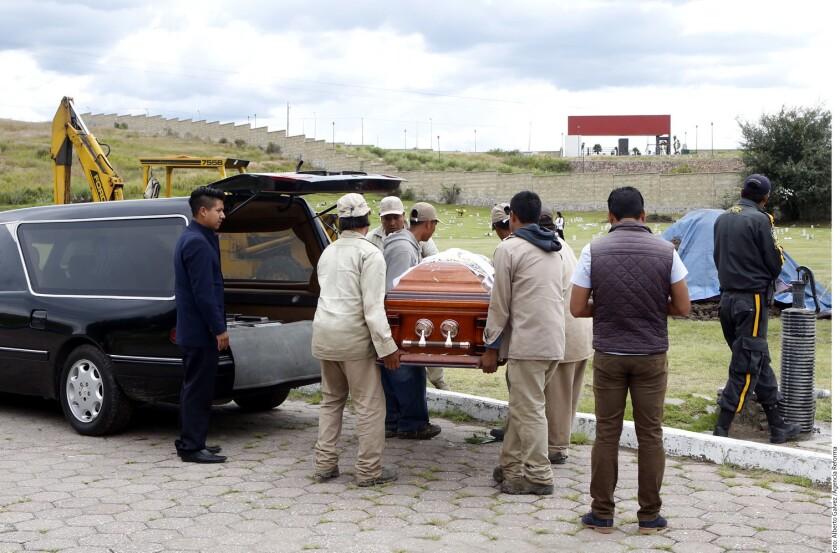 La desaparición de un sacerdote mexicano denunciada hoy por la jerarquía eclesiástica, y el secuestro y asesinato de otros dos ocurrido esta misma semana ha disparado las alarmas en México, donde desde finales de 2012 han sido asesinados 14 curas y dos laicos.