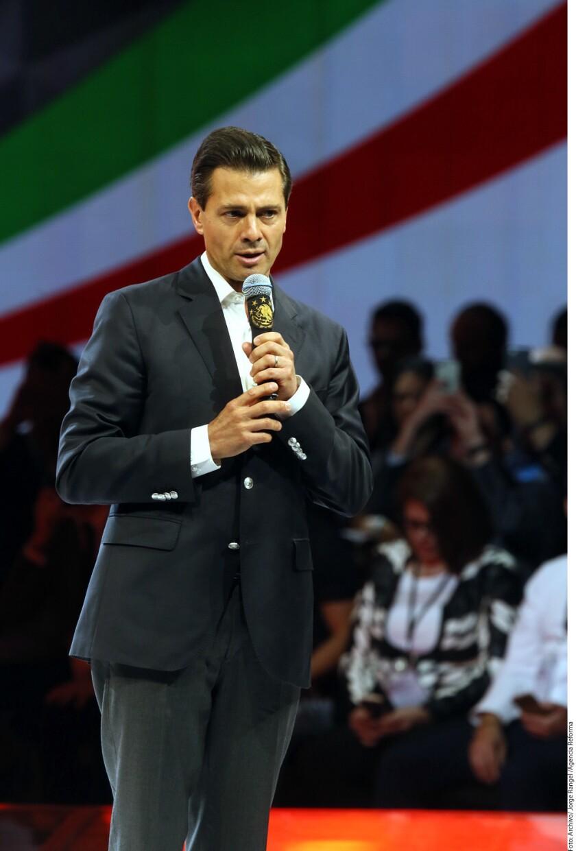 La relación México-Estados Unidos pasa por uno de los peores momentos en la historia, afirmó el historiador Alejandro Rosas.