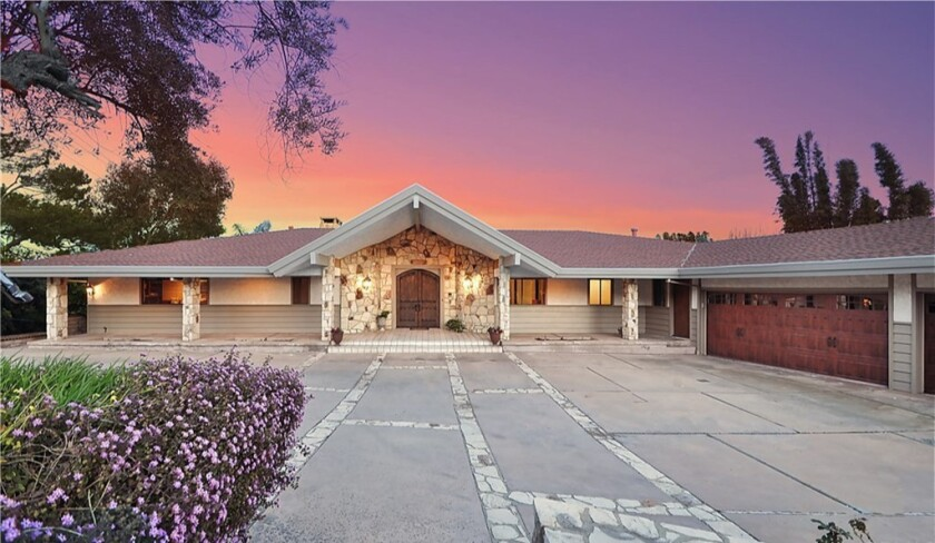 Larry Joe Campbell's Rancho Palos Verdes home