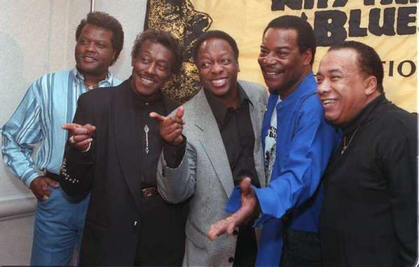 Bobbie Smith dies at 76; singer with the Spinners