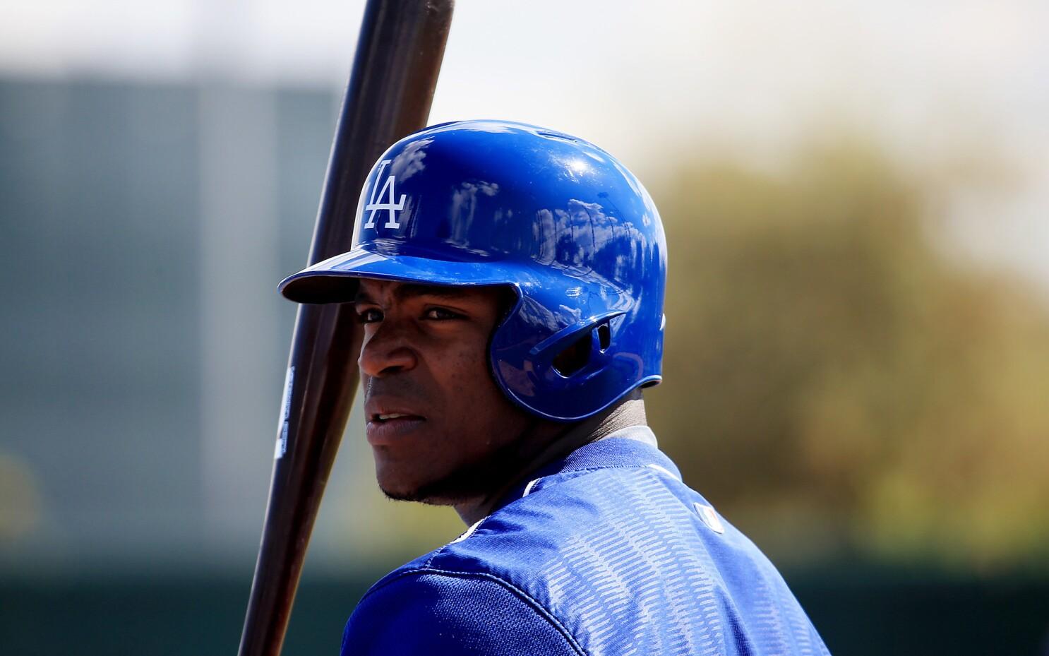 Dodgers' Yasiel Puig smuggler sentenced to one-month prison term