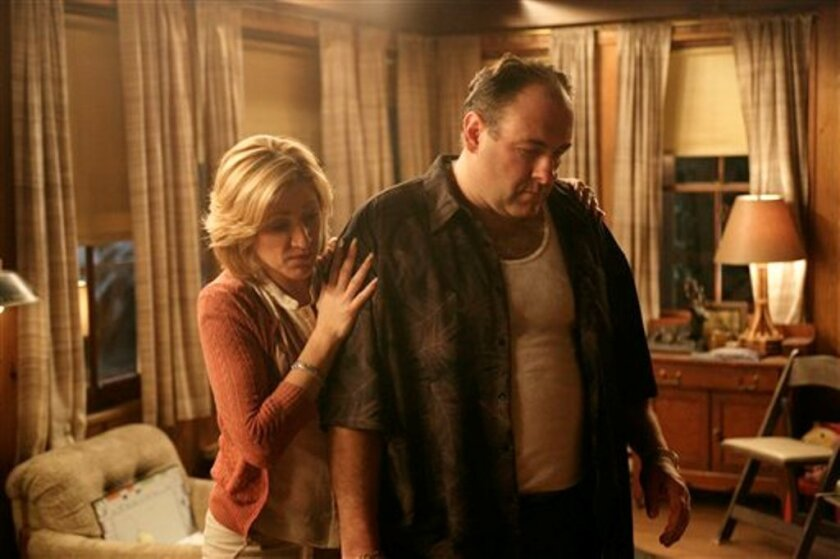 "In this file photo, originally released by HBO in 2007, Edie Falco portrays Carmela Soprano and James Gandolfini is Tony Soprano in a scene from one of the last episodes of the hit HBO dramatic series ""The Sopranos.""  (AP Photo/HBO,Craig Blankenhorn, File)"