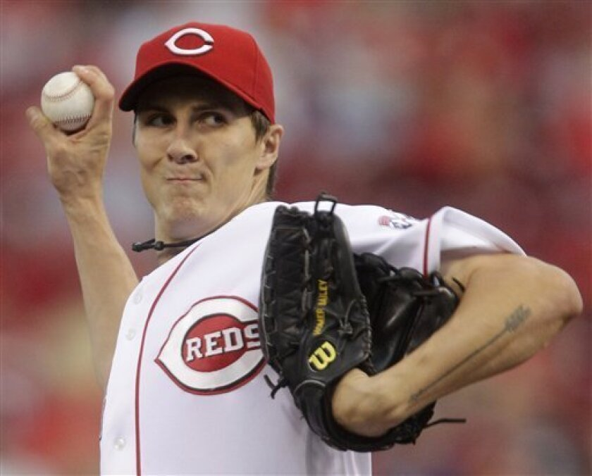 Cincinnati Reds starting pitcher Homer Bailey throws against the Pittsburgh Pirates in the first inning of a baseball game, Friday, Sept. 10, 2010, in Cincinnati. (AP Photo/Al Behrman)