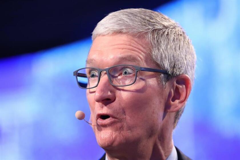 En la imagen, el presidente ejecutivo de Apple, Tim Cook. EFE/Archivo