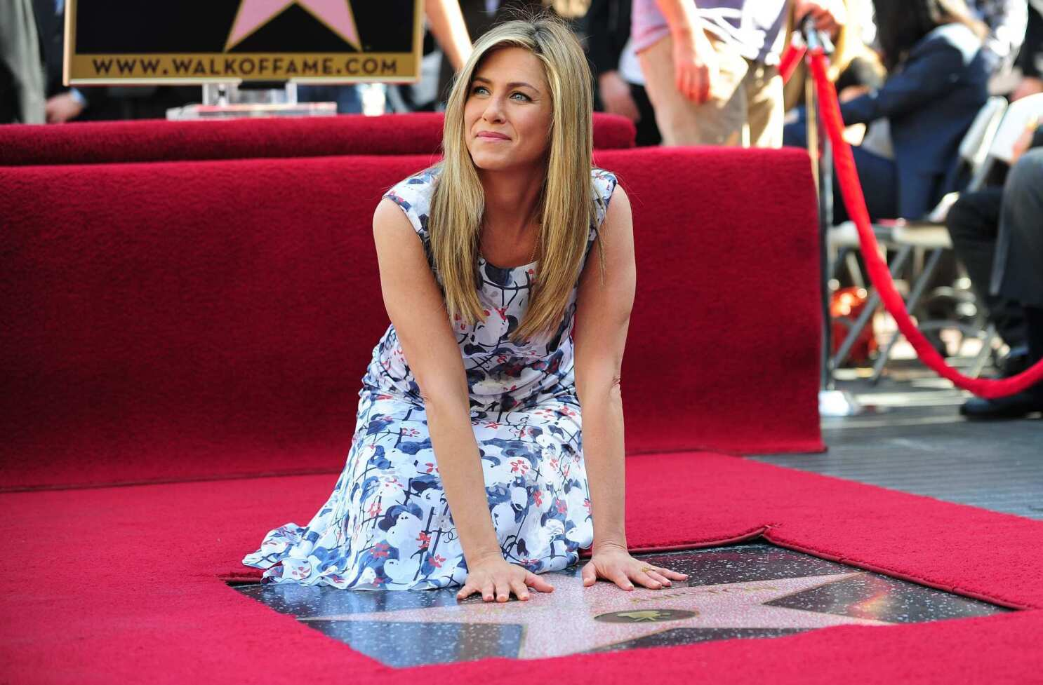 Jennifer Aniston receives star on Hollywood Walk of Fame - Los Angeles Times