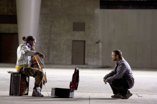 """Jamie Foxx and Robert Downey Jr. in """"The Soloist"""""""
