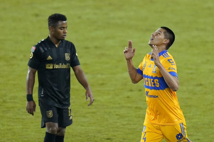 Tigres defender Hugo Ayala,
