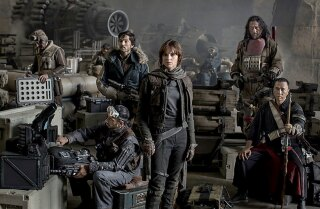 'Rogue One: A Star Wars Story' movie review by Justin Chang