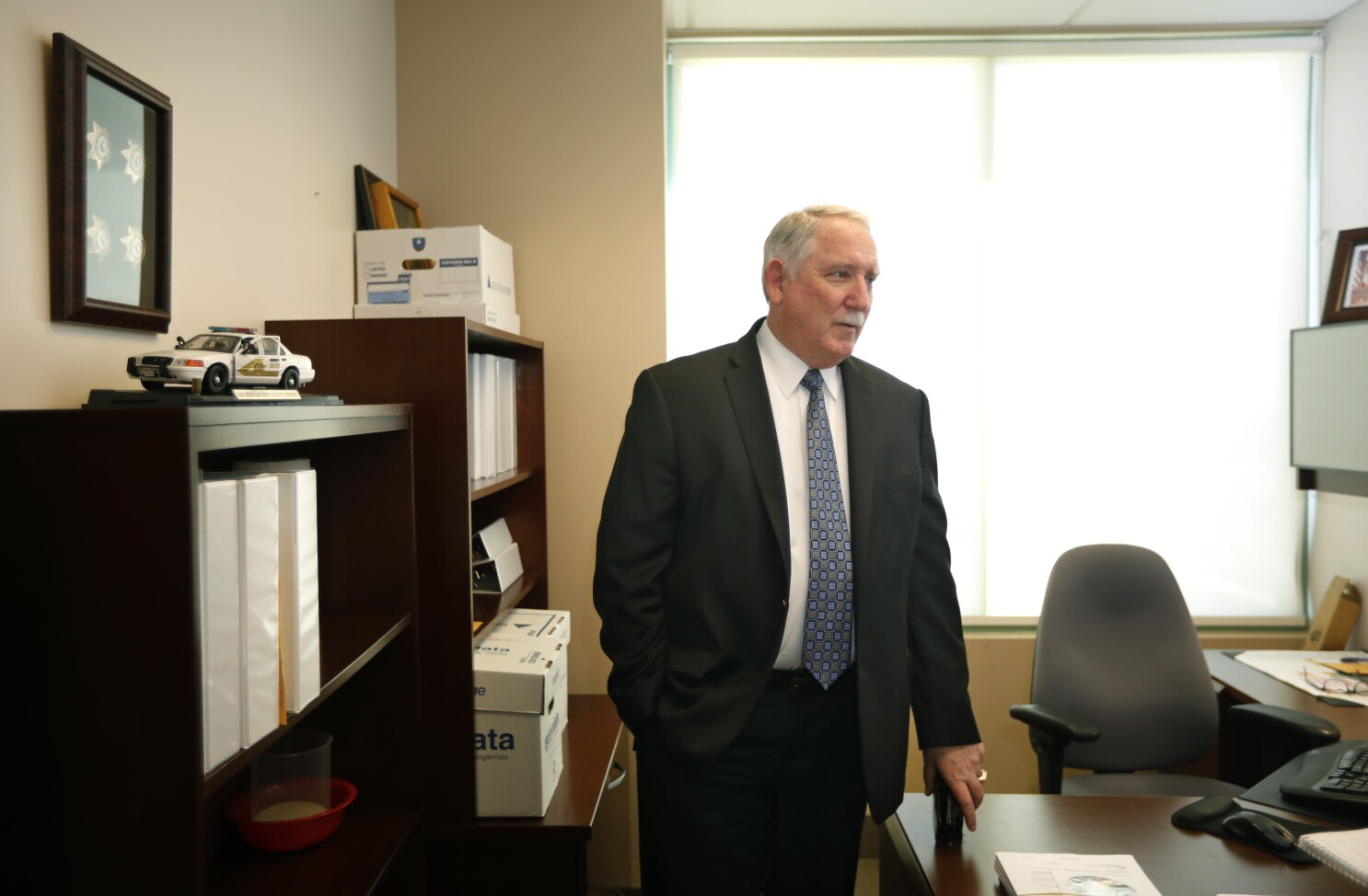 Veteran DA's investigator retires with long, successful record of clearing cases; but one case still nags him