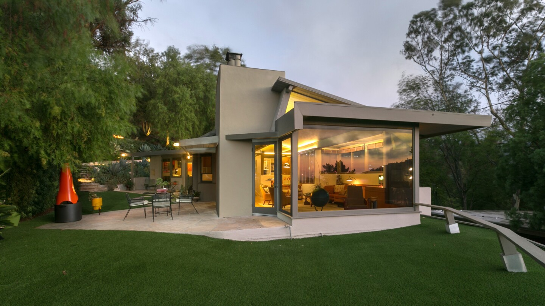 Hot Property | Roxy Roth Residence