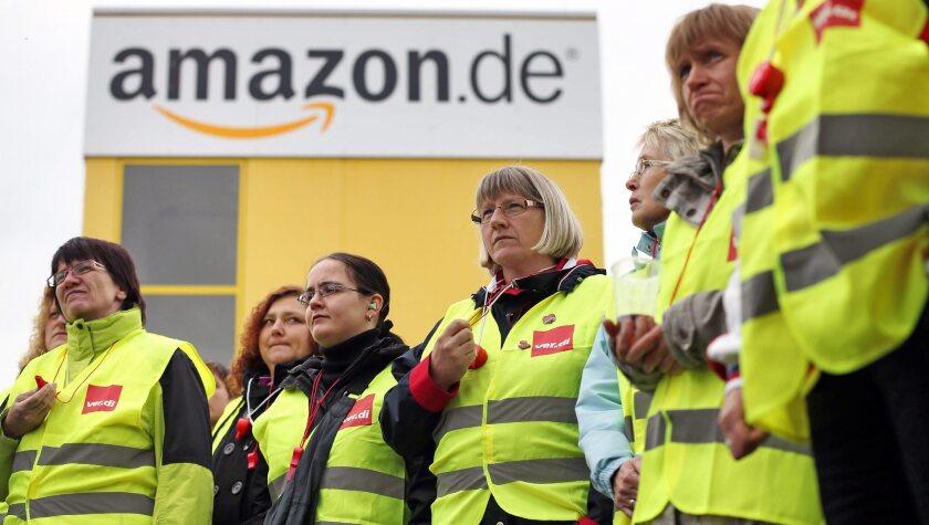 Striking at Amazon in Leipzig, Germany