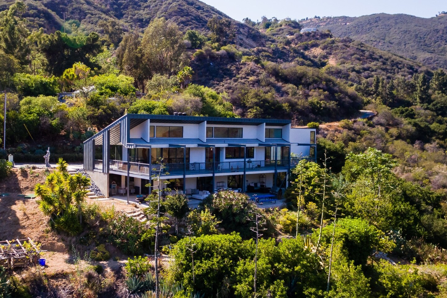 Home of the Day: Industrial chic in Malibu