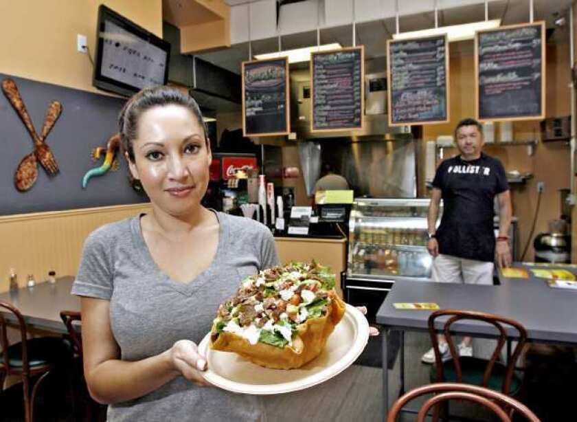 Dining review: Glendale's fresh take on the taco