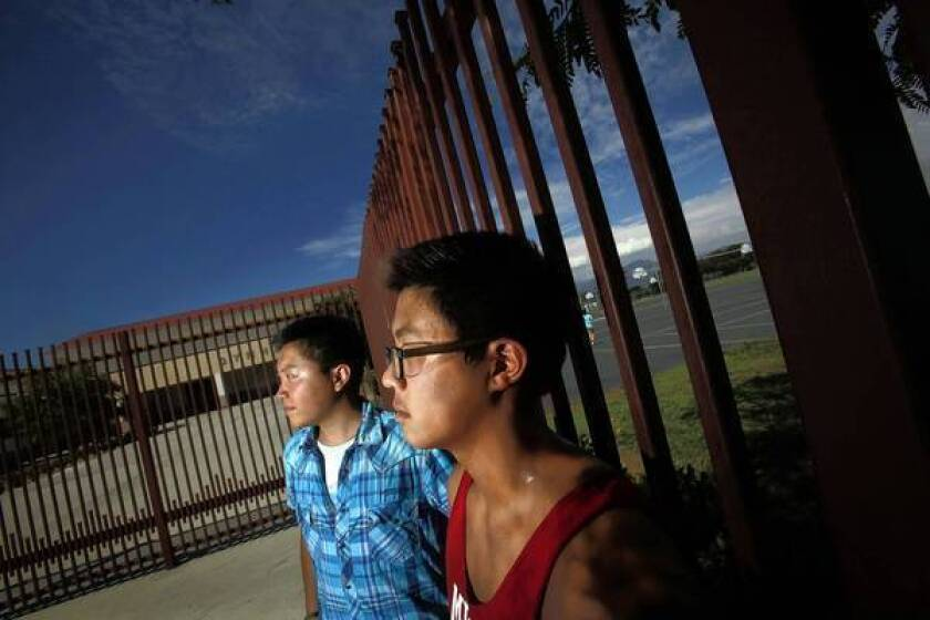 More schools opening Advanced Placement courses to all students