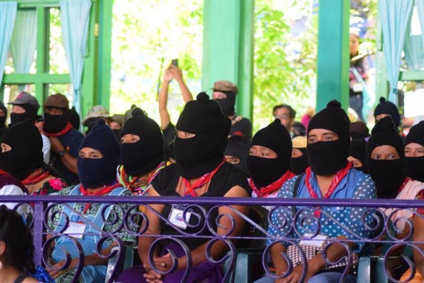 Vista de un grupo de militantes del Ejército Zapatista de Liberación Nacional (EZLN). EFE/Archivo