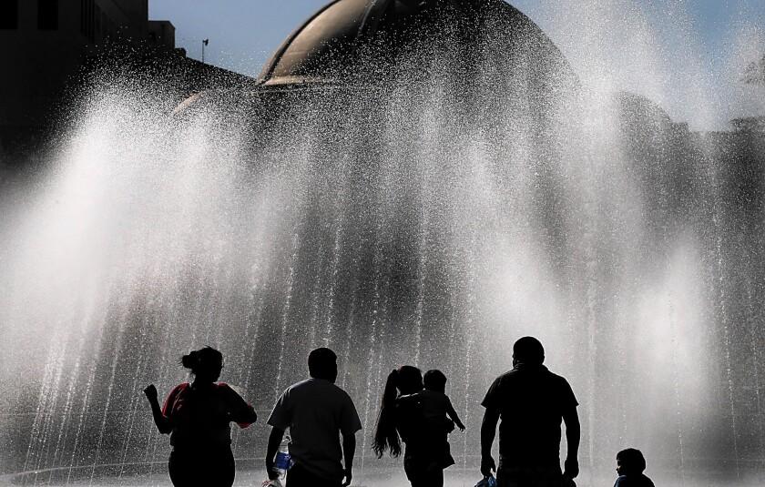 Exposition Park fountain